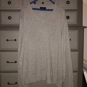 Men's Banana Republic gray v neck sweater; XL